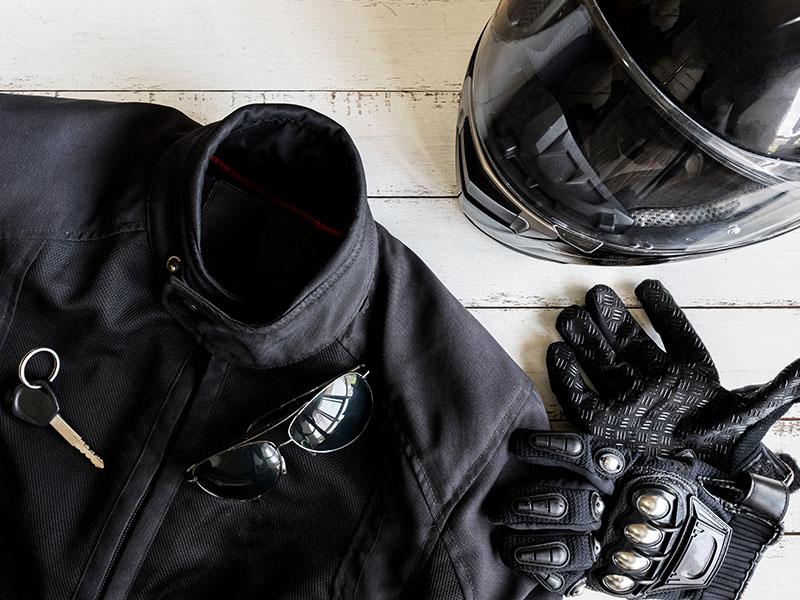 Acessórios de proteção para andar de moto