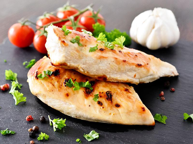Prepare uma infinidade de receitas práticas, saudáveis e baratas utilizando frango.