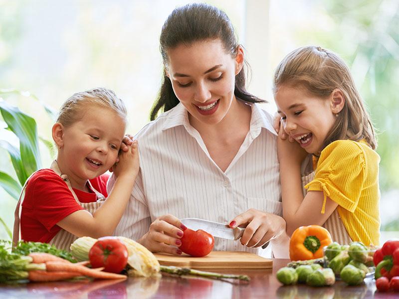 Escolha alimentos saudáveis e de qualidade para você e sua familía.